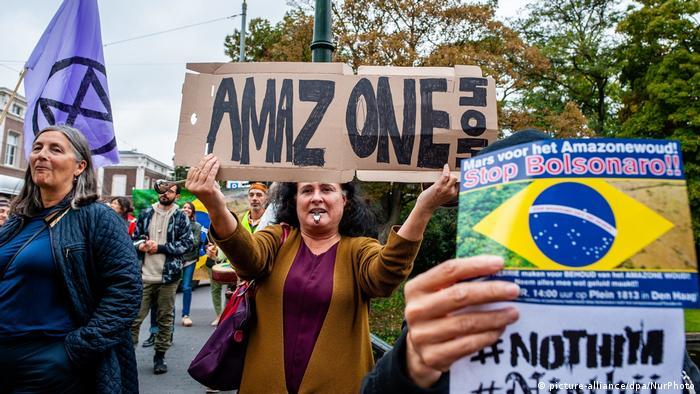 Demonstration gegen Bolsonaro in Den Haag