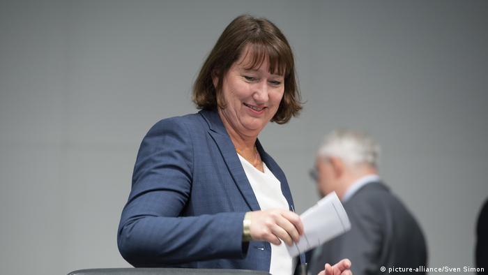 Der Einbruch der Märkte ist beispiellos. Hildegard Müller, Präsidentin des Verbandes der Automobilindustrie (VDA)