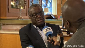 Denis Mukwege speaks with DW (DW/Dirke Köpp)