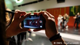 Filming at a K-Pop workshop (DW/G. Szymanowski)