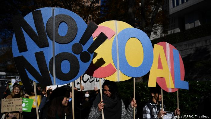 Japan Klimaprotest | Friday Climate Action Day (Getty Images/AFP/C. Triballeau)