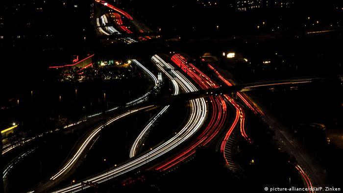 Wyzwaniem pozostaje transport drogowy