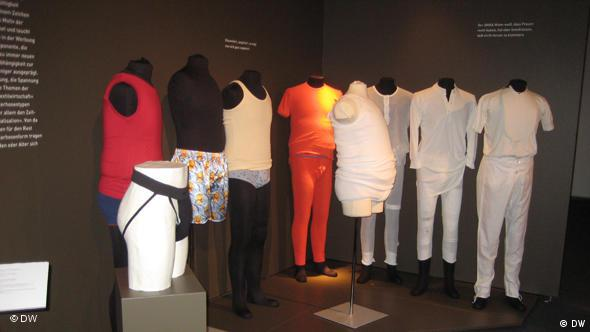 Flash-Galerie Deutschland Ratingen Ausstellung Dessous