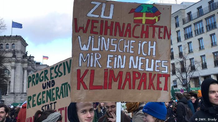 De Natal, eu queria um novo pacote climático: protesto em Berlim