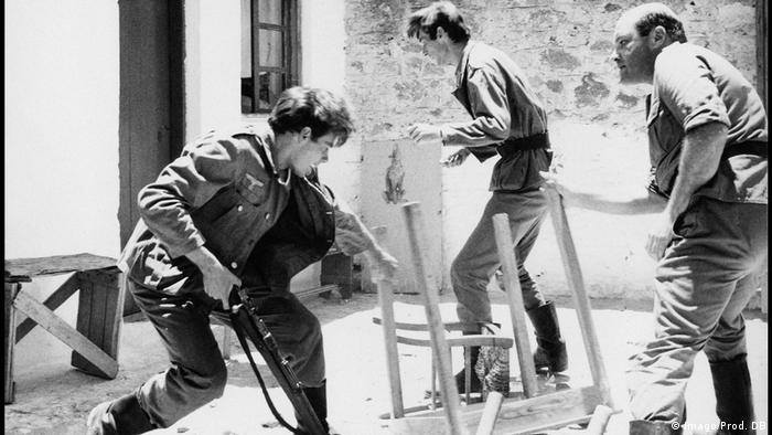 Szene aus Lebenszeichen von Werner Herzog (Imago/Prod. DB)