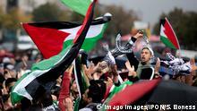 Berlin | Demonstration von Palaestinenser und islamische Organisatoren am Brandenburger Tor
