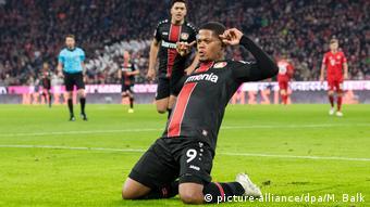 Fußball Bundesliga Bayern München - Bayer Leverkusen   Jubel TOR Leverkusen, Leon Bailey