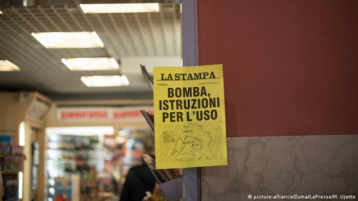 Italien Turin via Nizza Bombenentschärfung (picture-alliance/Zuma/LaPresse/M. Ujetto)