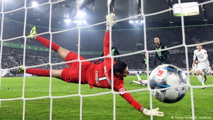 1. Bundesliga VfL Wolfsburg vs Werder Bremen | Tor (1:2) (Imago Images/J. Huebner)