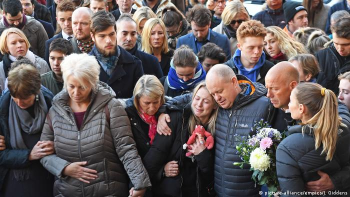 UK London nach Terrorattacke auf der London Bridge - Mahnwache (picture-alliance/empics/J. Giddens)