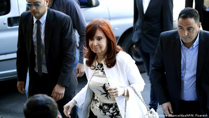 Designierte Vizepräsidentin von Argentinien vor Gericht (picture-alliance/dpa/AP/N. Pisarenk)