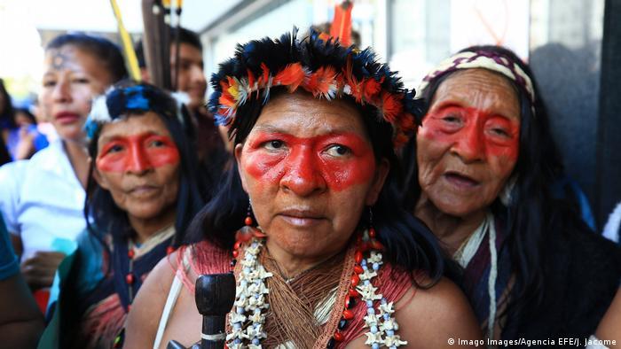 Worani women protest in Ecuador in 2019