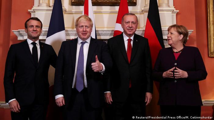 Osmesi za javnost: Makron, Džonson, Erdogan i Merkel u Londonu