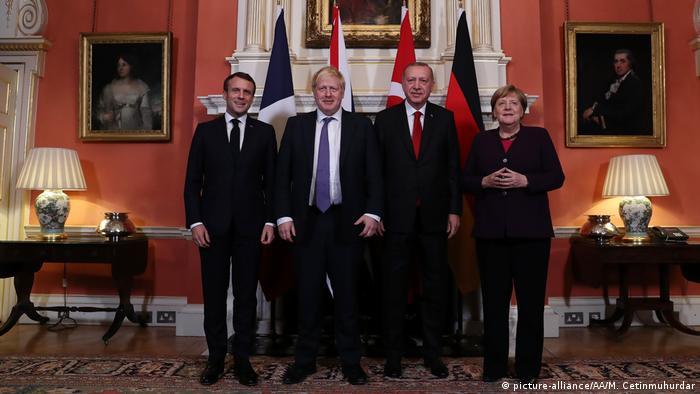 NATO-Gipfel in London | Macron, Johnson, Erdogan und Merkel (picture-alliance/AA/M. Cetinmuhurdar)
