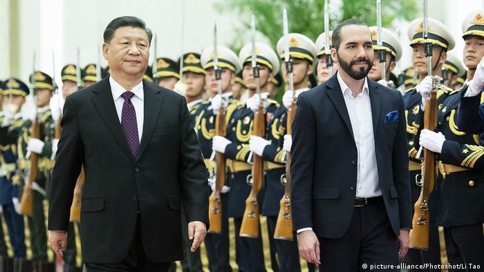 Foto de Xi Jinping y Nayib Bukele