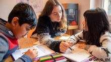 Deutschland Duisburg Verein Tausche Bildung für Wohnen