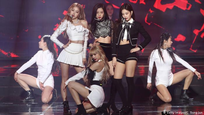 Die K-Pop Band Blackpink bei einem Auftritt in Seoul 2019. (Getty Images/C. Sung-Jun)