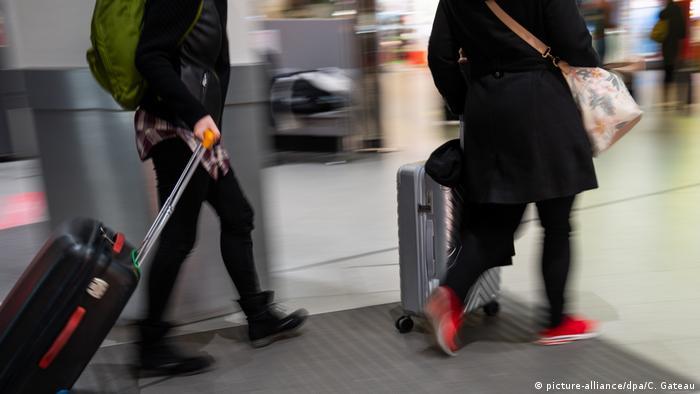 В связи со вспышкой легочного заболевания, вызываемого коронавирусом 2019-nCoV, целый ряд государств объявил о намерении провести воздушным путем эвакуацию своих граждан из города Ухань.