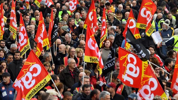 Frankreich Generalstreik l Streik gegen Rentenreformen in Marseille