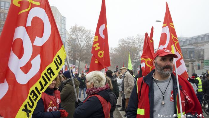 Frankreich Lyon | Streik gegen Rentenreformen (picture-alliance/Zuma/J. Colburn)