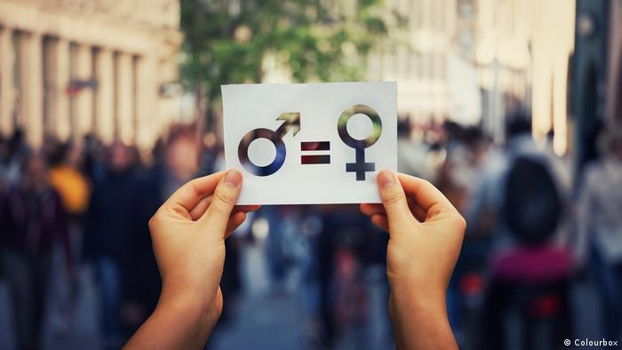 DW Internes Quiz l Gleichheit, Mann - Frau (Colourbox)