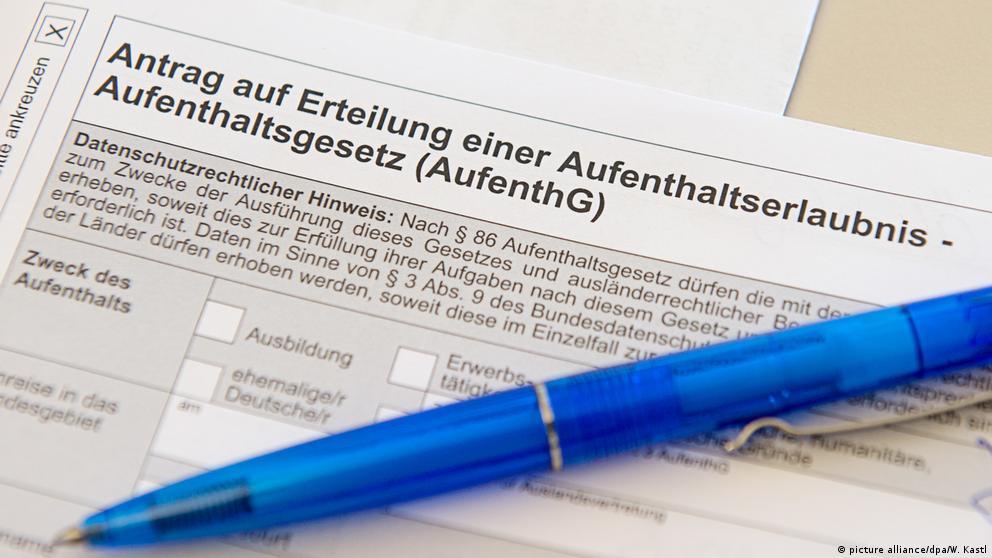 Deutschland Bürokratie l Erteilung einer Aufenthaltserlaubnis