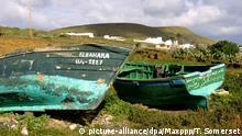 Spanien Lanzarote | Friedhof für Pateras-Boote