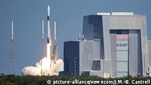 USA Cape Canaveral SpaceX Falcon Rakete Start (picture-alliance/newscom/J.M.-B. Cantrell)