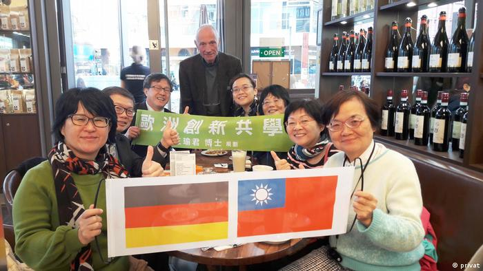 Micheal Kreuzberg with Taiwan representatives in Germany