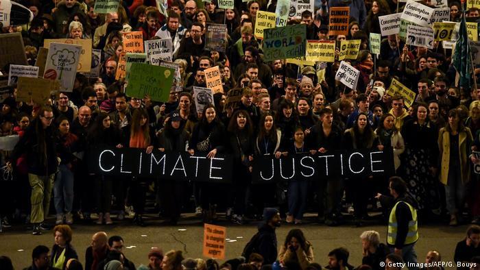 UN-Klimakonferenz 2019 | Cop25 in Madrid, Spanien | Protestmarsch (Getty Images/AFP/G. Bouys)