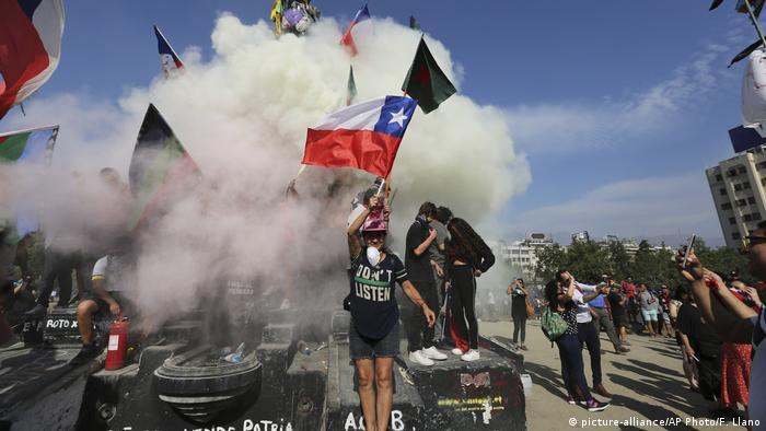 Протесты в Сантьяго