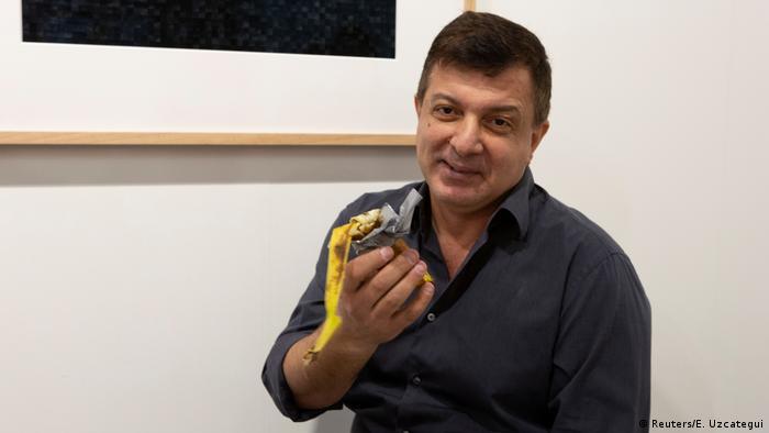 David Datuna holding a $120,000 banana