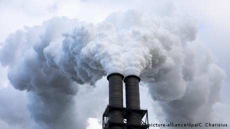 EE: μηδενικές εκπομπές άνθρακα μέχρι το 2050