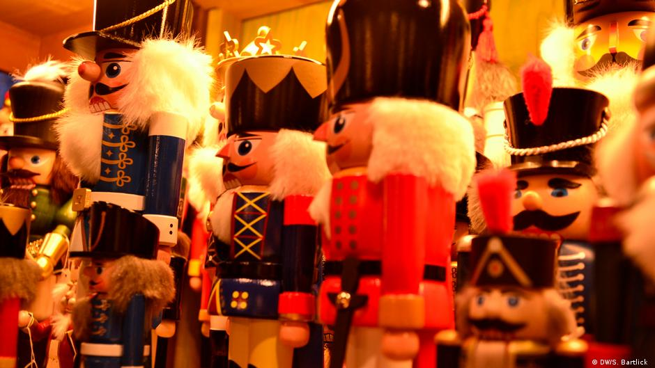 Coronavirus Will Germany S Christmas Markets Be Canceled Germany News And In Depth Reporting From Berlin And Beyond Dw 21 09 2020