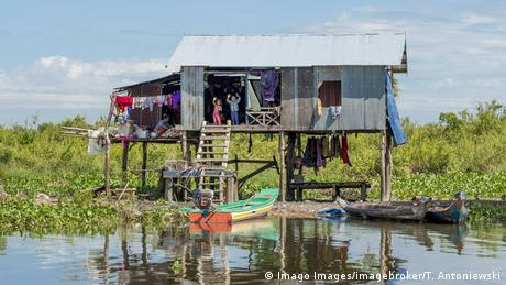 House on stilts in Tonle Sap lake