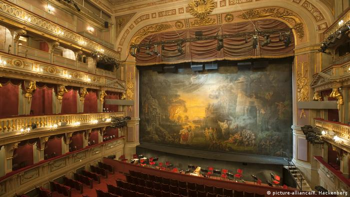 Austria Vienna | Theater an der Wien (picture-alliance/R. Hackenberg)