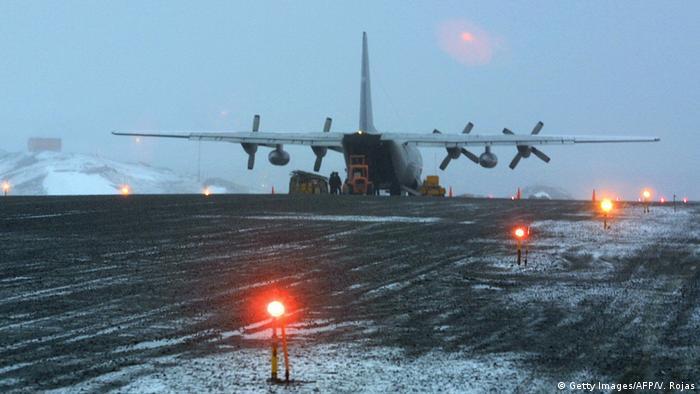 Avião da Força Aérea do Chile desaparece com 38 pessoas a bordo