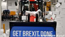 UK Wahlen l Wahlkampfveranstaltung bei der JCB Baufirma - Boris Johnson