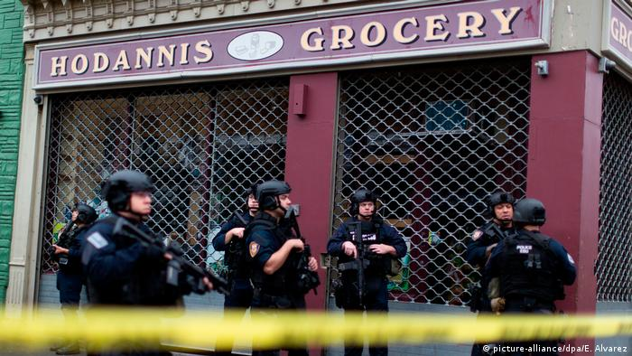 New Jersey Shooting Gunmen Target Jewish Grocery Store 6 Dead News Dw 11 12 2019