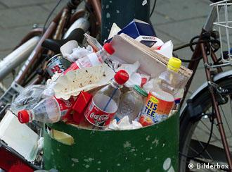 Separating packaging from trash is no easy matter