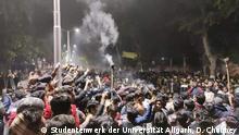 Studenten in ganz Indien protestieren gegen das Gesetz zur Änderung der Staatsbürgerschaft und das nationale Register für Bürger.