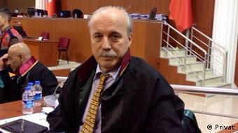 Ayhan Erdoğan