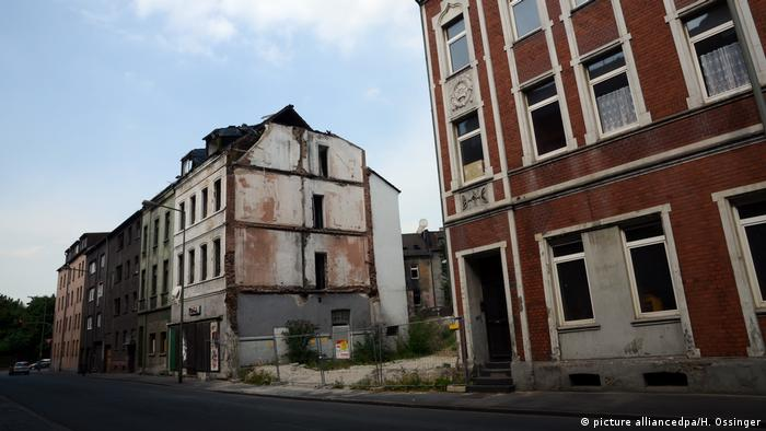 Dilapidated buildings in Duisburg-Bruchhausen in the western German state of North Rhine-Westphalia