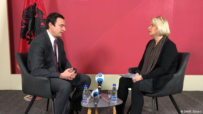 Kurti u razgovoru sa Adelhajd Fajlke, urednicom Evropskog odeljenja DW