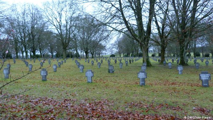 German soldiers cemetery in Recogne (DW/Oliver Pieper)