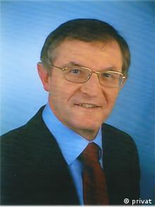 Military historian Karl-Heinz Frieser (privat)