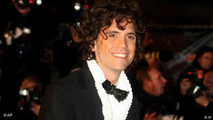 Sänger Mika bei den NRJ Awards in Cannes Frankreich Flash-Galerie (AP)