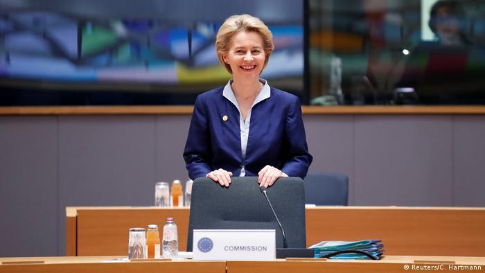 Brüssel EU Gipfel Kommissionspräsidentin Ursula von der Leyen