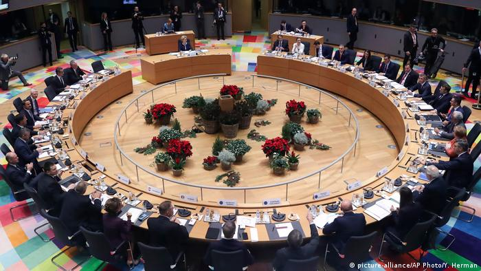 نشست رهبران و سران کشورهای عضو اتحادیه اروپا در بروکسل پیرامون توافق سبز، بروکسل ۱۲ دسامبر ۲۰۱۹