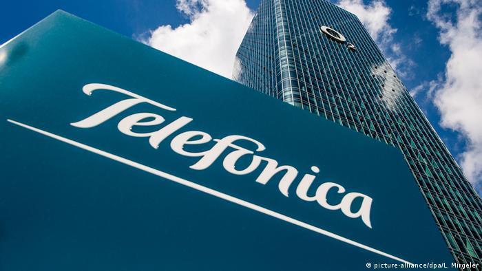 Logo Telefonica (picture-alliance/dpa/L. Mirgeler)